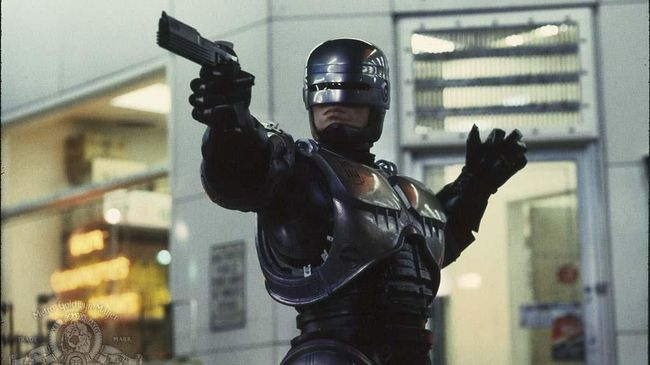 RoboCop Akan Kembali Menggunakan Kostum Orisinal Dari Tahun 1987