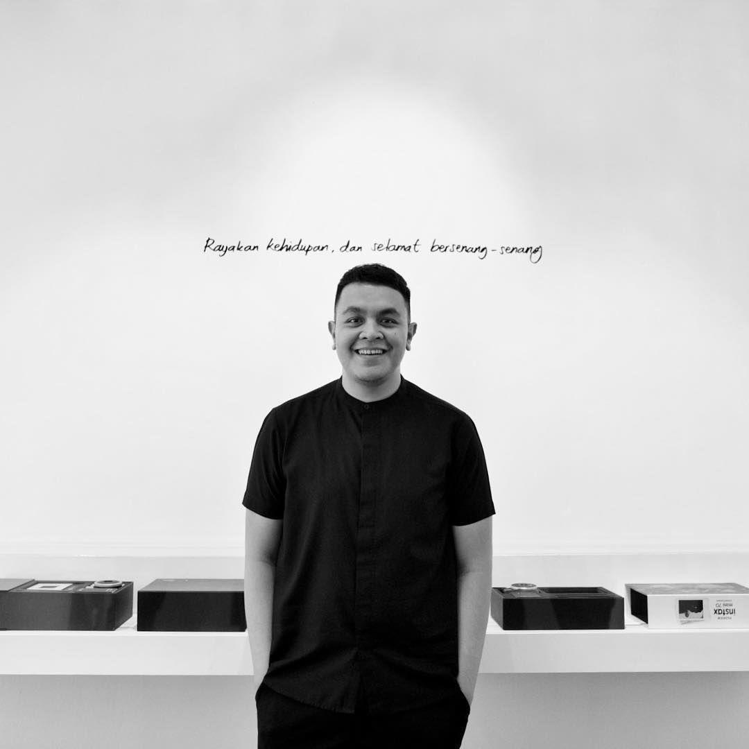 Tulus Sukses Menggelar Konser Monokrom Di Jakarta