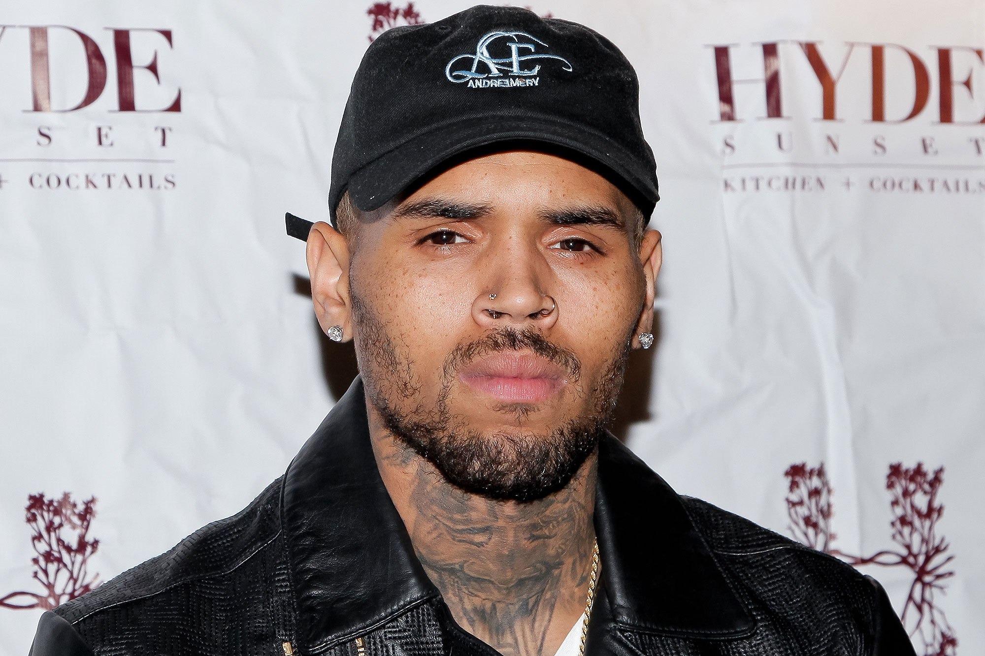 Chris Brown Ditangkap di Paris!