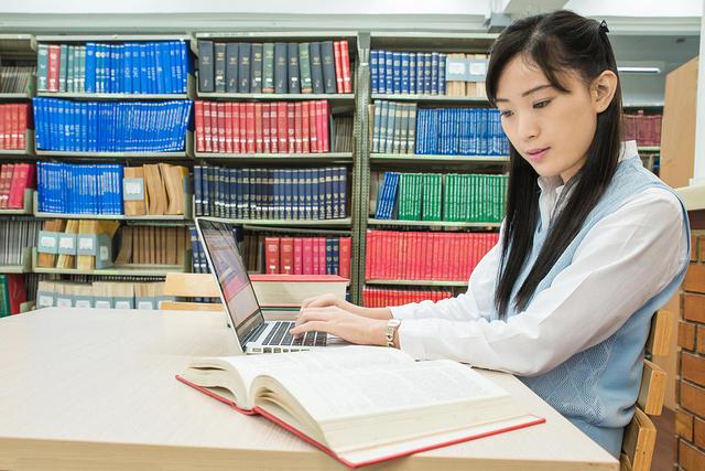 Ingin Kuliah di Korea? Yuk, Daftar Beasiswa Ini!