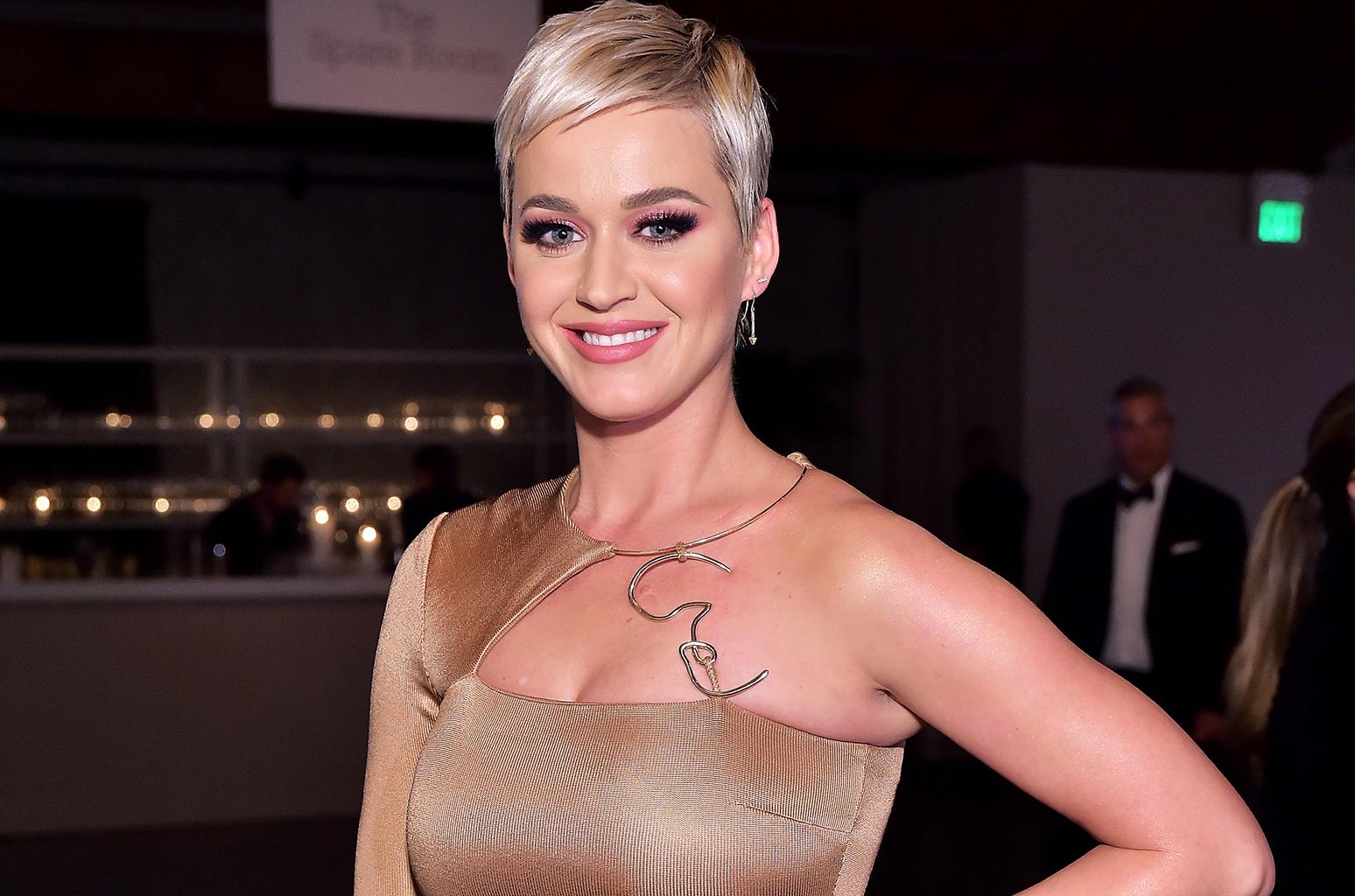 Keren! Katy Perry Jadi Karakter Dalam Game Final Fantasy