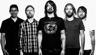 """Bassist Nirvana: """"Foo Fighters adalah Band Terbaik di Dunia"""""""