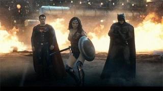 Menyaksikan Perang Dua Superhero dalam Trailer Terbaru 'Batman v Superman'