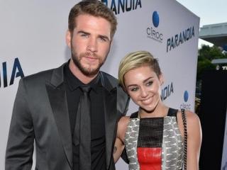 Miley Cyrus Batalkan Pekerjaan Demi Liam Hemsworth