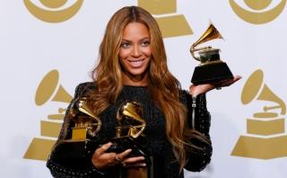 Beyonce Persembahkan Piala Grammy untuk Keluarga