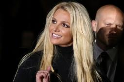 Britney Spears Terlihat Keluar Dari Pusat Rehabilitasi Mental