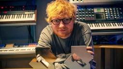 Bukan Pensiun, Ed Sheeran Ternyata Cuma Liburan 18 Bulan