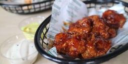 Berani Mencicipi Chicken Wings Terpedas di Sini? Dijamin Berkeringat