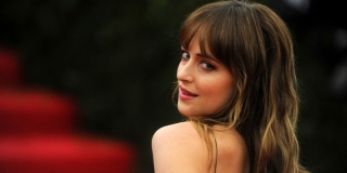 Dakota Johnson Sempat Dilarang Orangtua Jadi Aktris