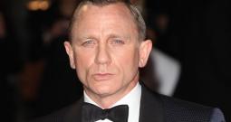 TERHEBOH: Daniel Craig Pensiun Jadi James Bond