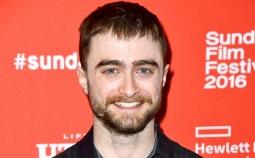 Daniel Radcliffe Perankan Edward Snowden dalam Privacy