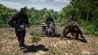 Terinspirasi 'Planet of the Apes', Coldplay Jadi Monyet di Video Klip Baru