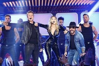 Gigi Hadid Duet Bersama Backstreet Boys