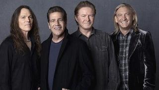 Gitaris Eagles Meninggal Dunia karena Komplikasi Penyakit