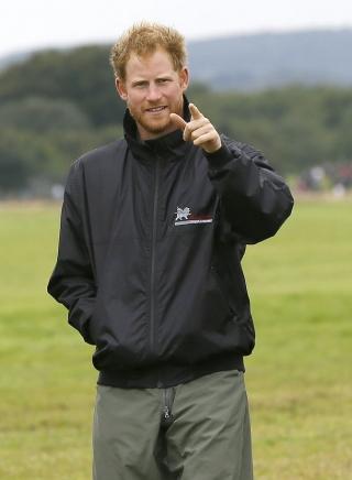 Jenggot Pangeran Harry sukses kalahkan keseksian David Beckham