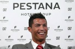 Hotel Milik Cristiano Ronaldo Dihiasi Kata-Kata Motivasi