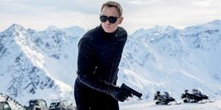 James Bond 'SPECTRE' Hancurkan Mobil Dengan Nilai Rp 532 M