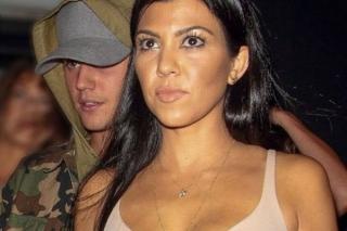 Justin Bieber Dimanfaatkan Kourtney Kardashian