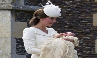 Kate Middleton Jarang Berdua William, Ada Apa?