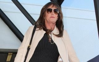 Kecelakaan, Caitlyn Jenner Ajak Damai Korban