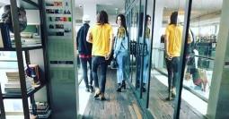 Kendall Jenner dan Harry Styles Kepergok Jalan Bersama