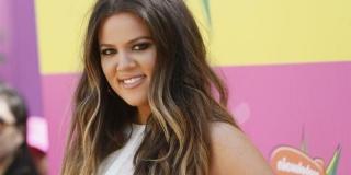 Khloe Kardashian Lebih Suka Dipeluk daripada Bercinta