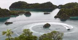 Menguak Misteri Sejuta Keindahan Pulau Pianemo di Raja Ampat