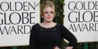 Pamer lagu baru, Adele bernostalgia di 'When We Were Young'
