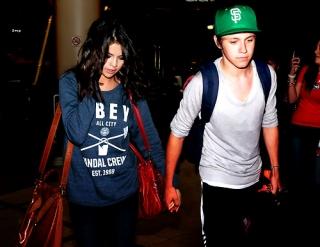 Selena Gomez Kepergok Mesra dengan Niall Horan '1D'