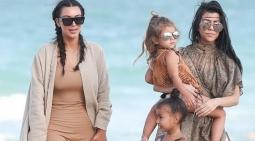 TERHEBOH: Main ke Pantai, Kim Kardashian Saltum