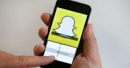 Update, Snapchat Hadirkan Fitur Zoom In Satu Tangan