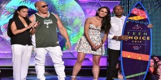 Vin Diesel Terima Penghargaan Untuk Paul Walker